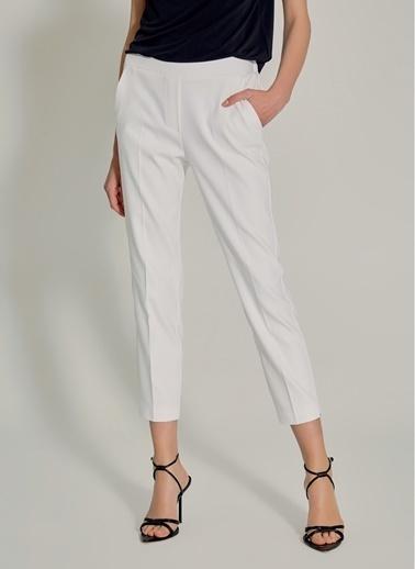 NGSTYLE Lastik Detaylı Pantolon Beyaz